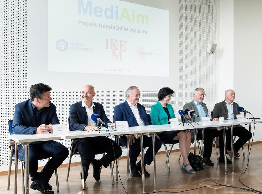 mediaim1