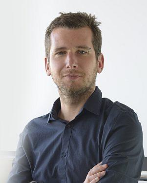 16 Josef Wilczek
