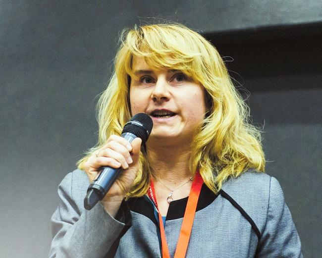 21 Daniela Fialová
