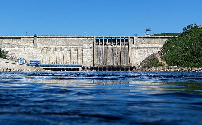 800px Bureya hydroelectric power station