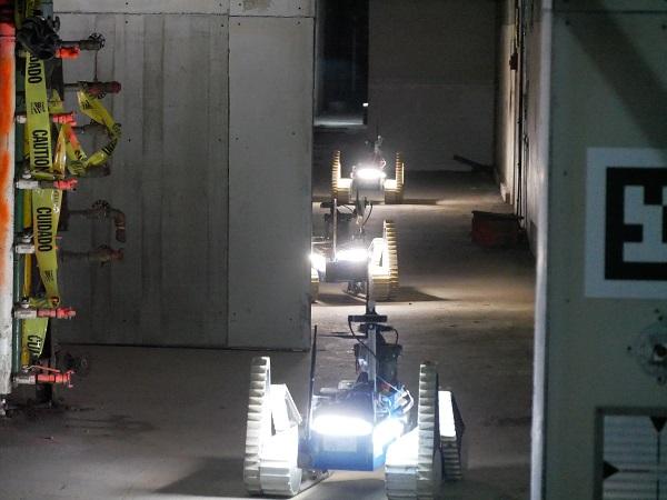 FOTO ČVUT FEL robots on course small