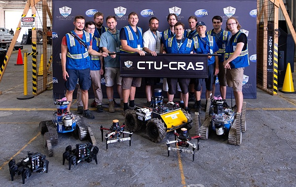 FOTO ČVUT FE CTU CRAS team official DARPA photo