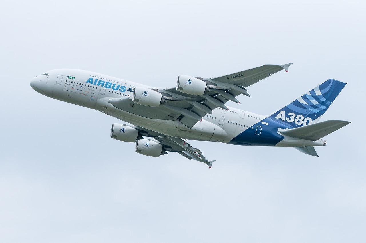 aircraft 703908 1280