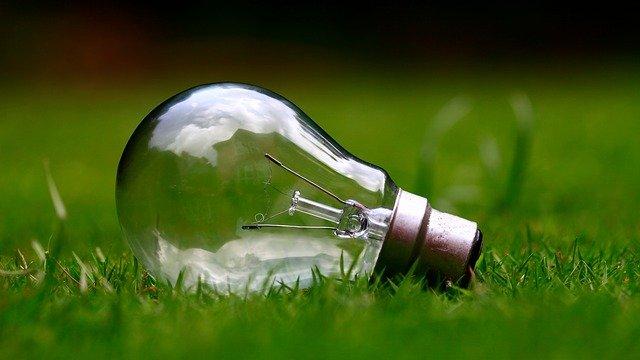 light bulb 984551 640